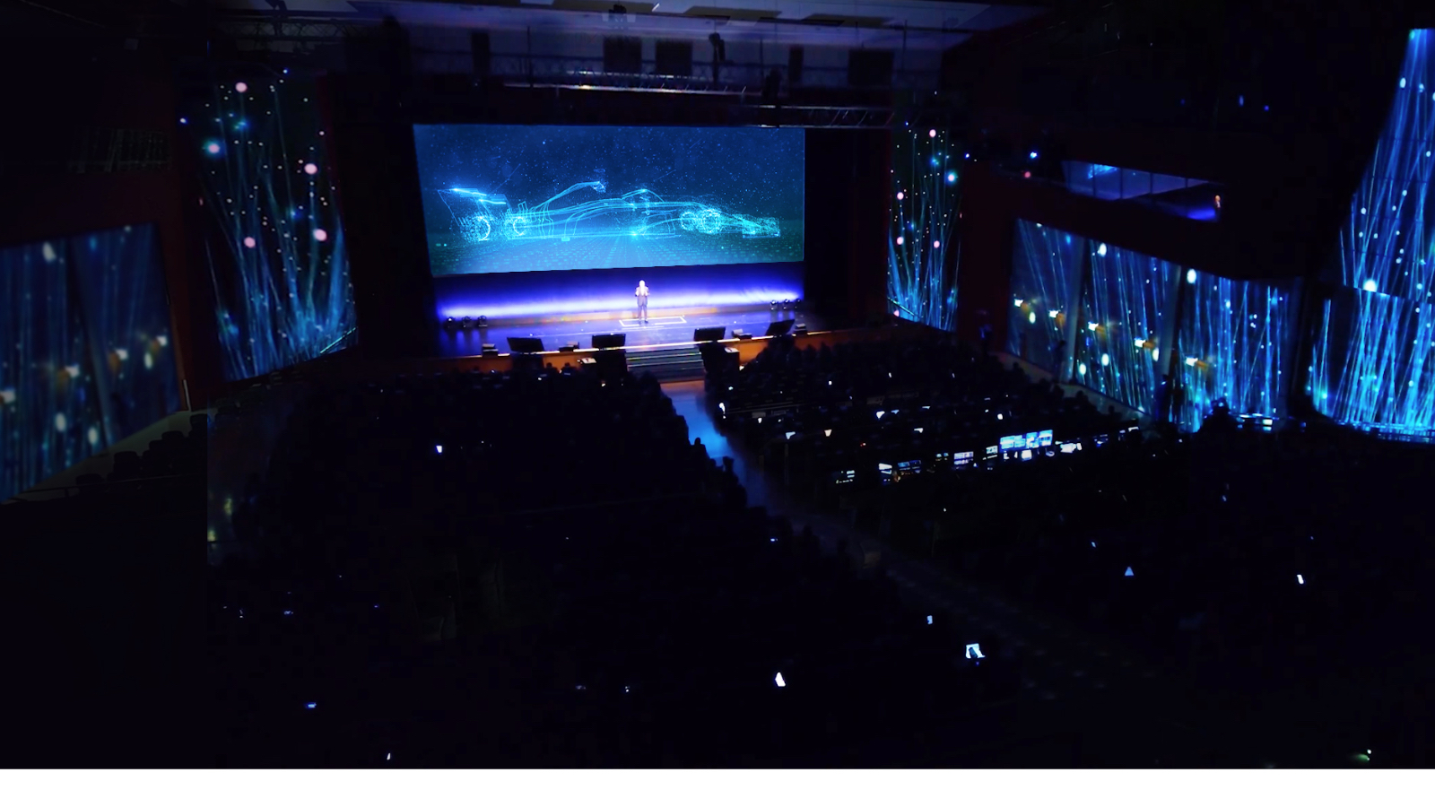 HPE Discover More Munich auditorium, audience and digital projection